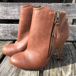🆕List! Michael Antonio Leather Heel Booties! NEW!